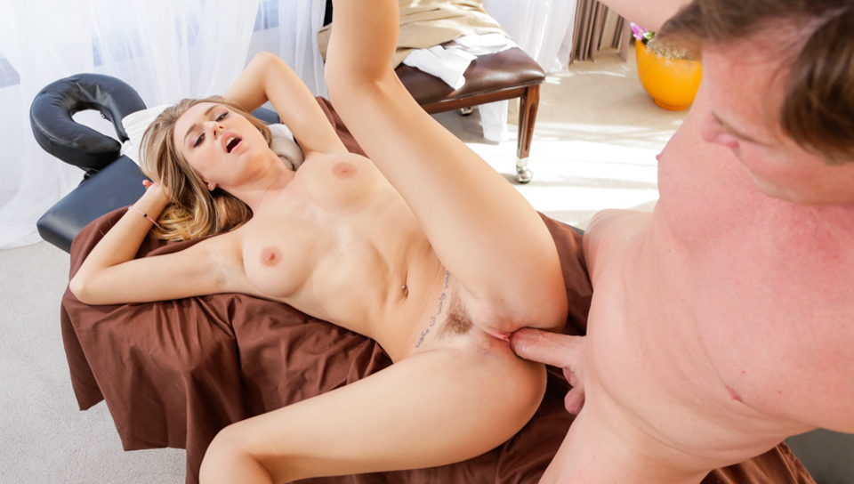 Hot-sex-after-massage,-x-video