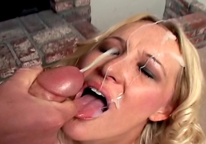Deep Throat this temptress 19