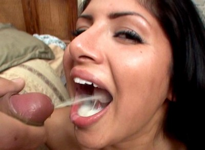 Stockings shemale hoe gets fucked