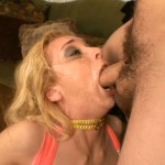 Kelly Wells video: Wells - Kelly Wells Throat Chokers #01