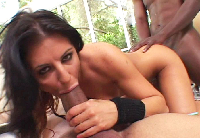 Ariana Jollee squirting pussy video from Squirtalicious
