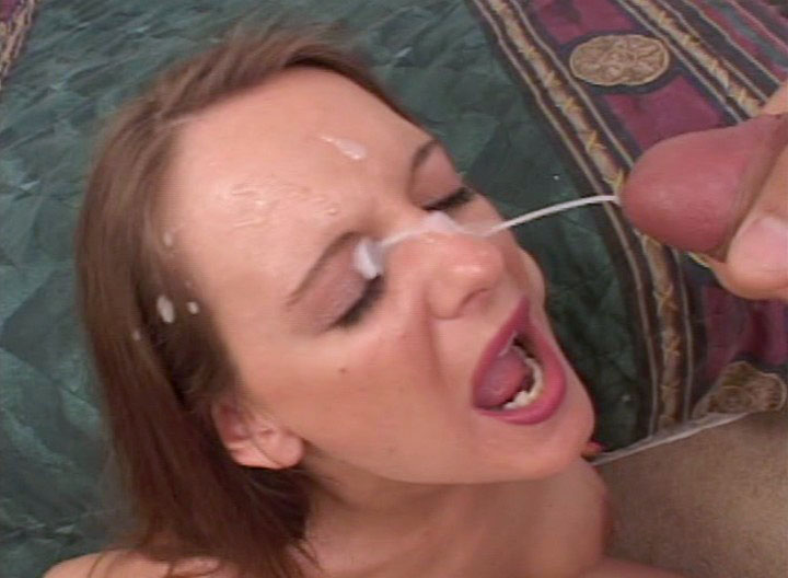 Brunette With Nice Tits Blows Dick Well & Gets Creamy Blow