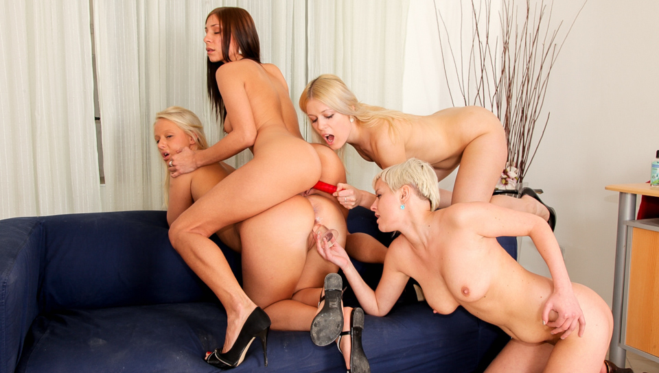 Rachel celebrates her birthday with a lesbian gang-bang !