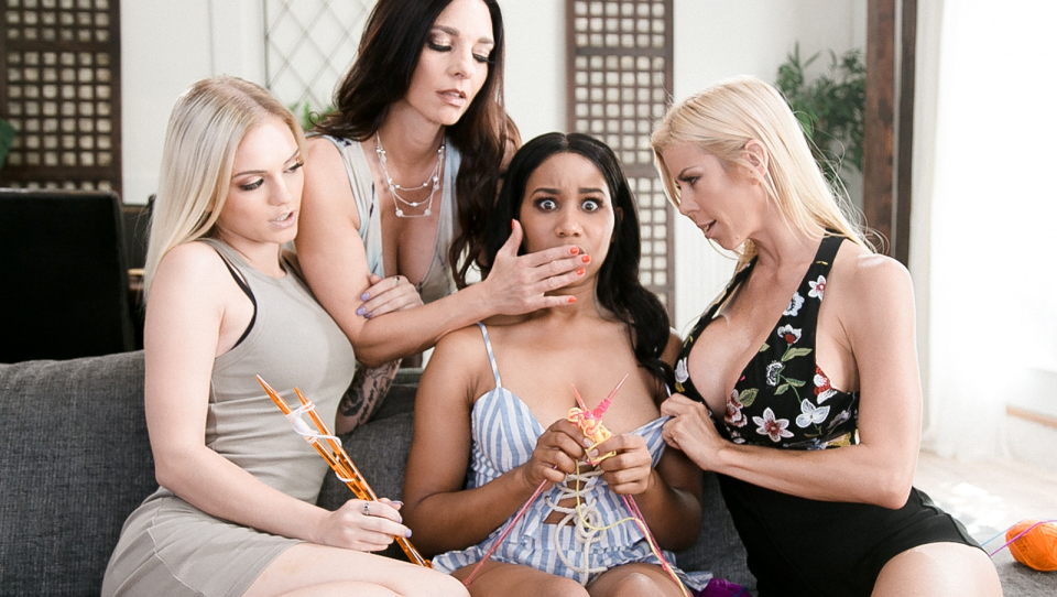 Alexis Fawx & Alex Grey & Mindi Mink - The Daisy Chain