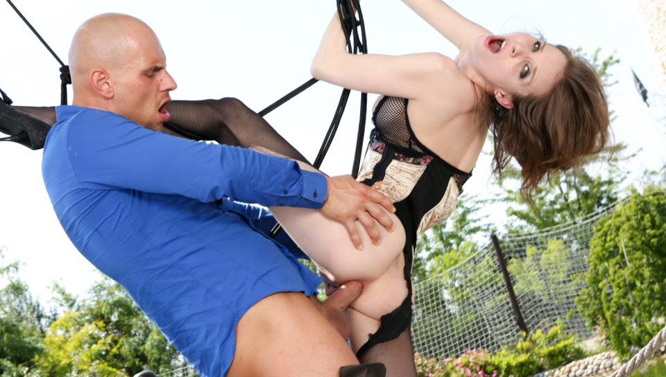 Figi & Mary Wet - Slinging Anal, Outrageous Fortune
