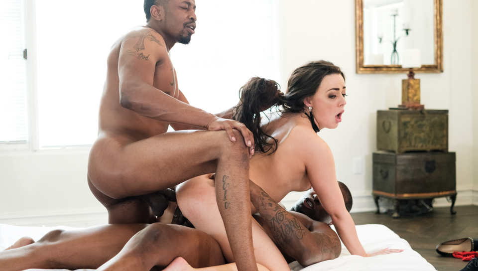 mmf threesome