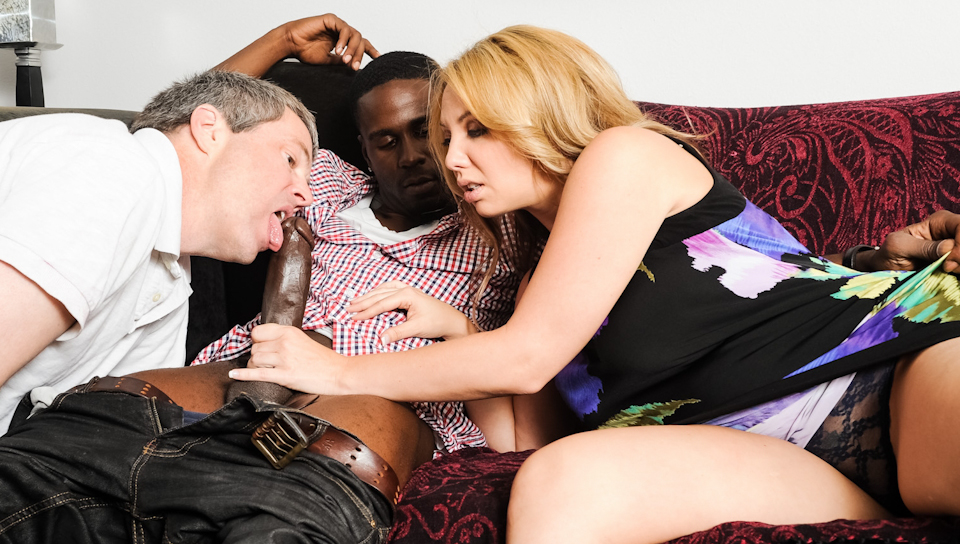 Jimmy Broadway shows Kiki Daire how to suck a big black cock