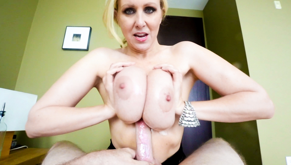 Blonde bitch Julia Ann milks a big dick w/ her huge fun bags