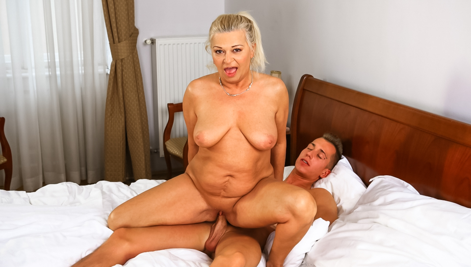 Fame gallery hall lusty mature you for