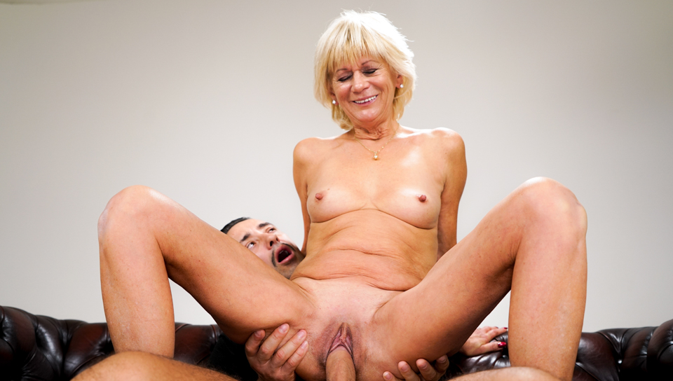 Stunning Granny loves to get her tight pussy fuck hard