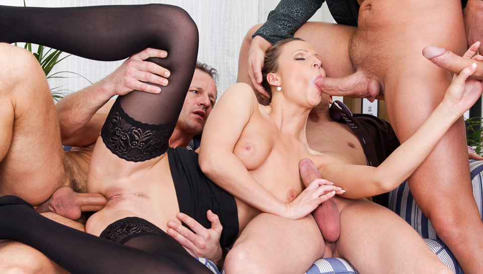 Sexo XXX 4 On 1 Gang Bangs