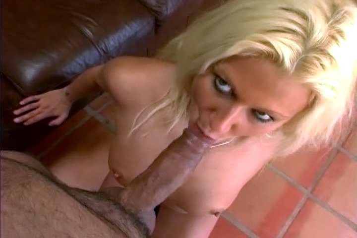 Blonde Whore Enjoys Sucking A Big Cock To Get Creamy Facial