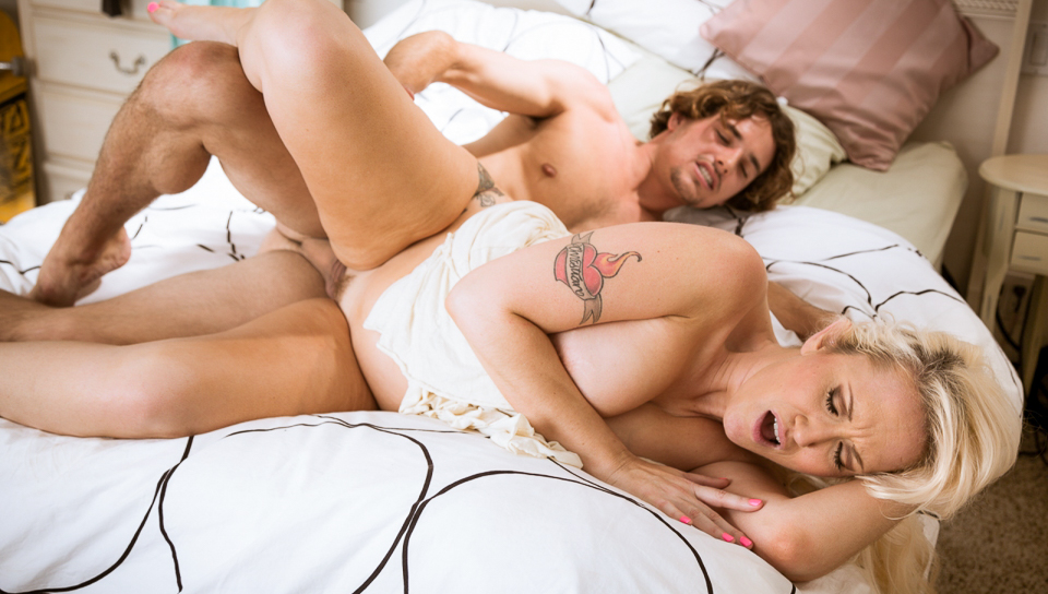 Alana Evans & Tyler Nixon - Mother Exchange #03