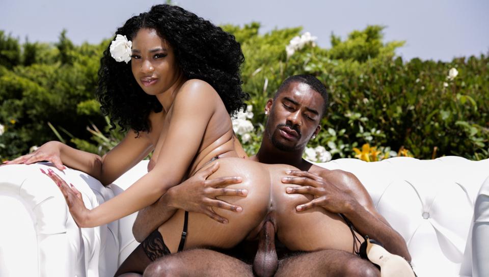 Love Me Hard! - Lala Ivey & Rod Jackson