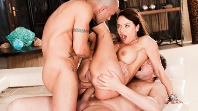 Rocco Siffredi, Mike Angelo, Franceska Jaimes, Yanick Shaft