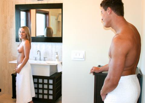 broer en zus onder de douche neuken
