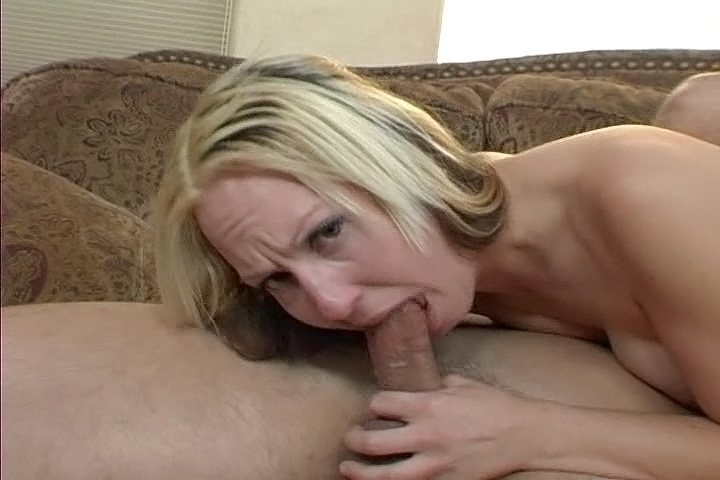 Nasty Blonde Zoe Matthews Enjoys Giving Amazing Deepthroat