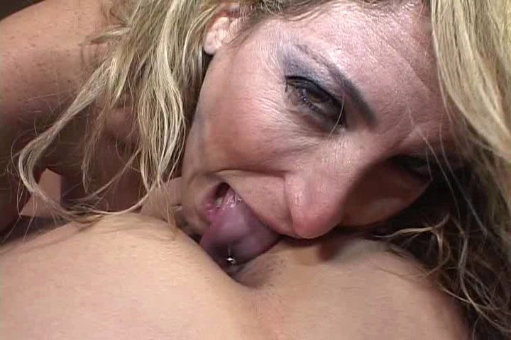 Horny Savannah With Huge Boob Gets Fucked & Eats Man's Ass