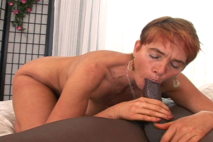 Jana Loves To Suck Big Black Cock & Get Creamy Facial