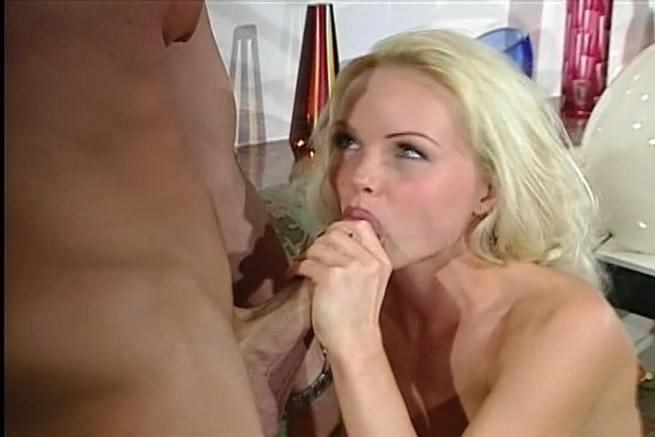 Gorgeous Silvia Sainth Enjoys obtaining boned By Evan Stone