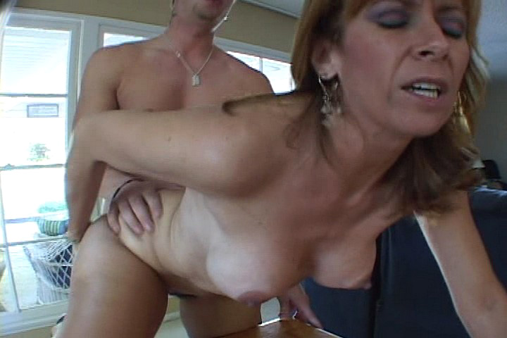 Horny MILF Teacher Seduces Her Student To Fuck Her Hardcore