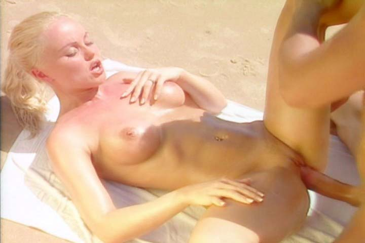 Silvia Saint having fine sex scene on the beach in here !