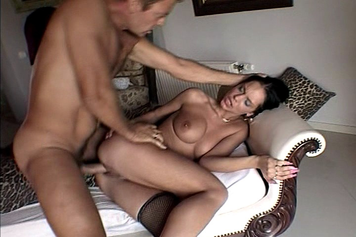 Rocco Enjoys Fucking A Lovely Girl In The Bedroom