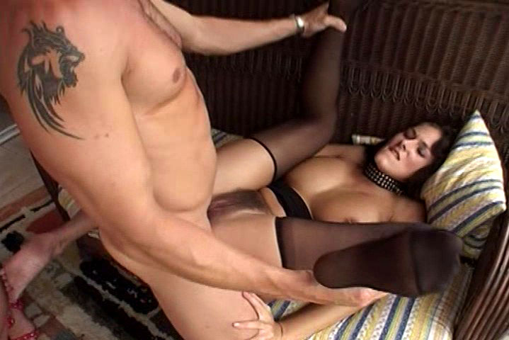 Blonde with her leashed babe get it on with 2 guys