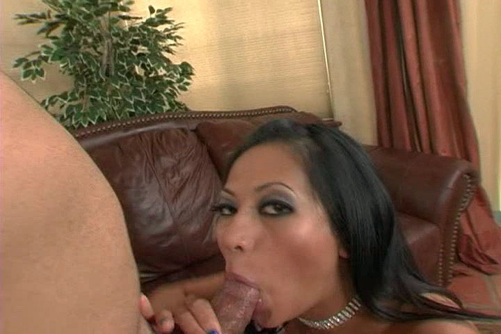 Horny Asian Gianna Lynn Blowing & Deepthrowing A Big Cock
