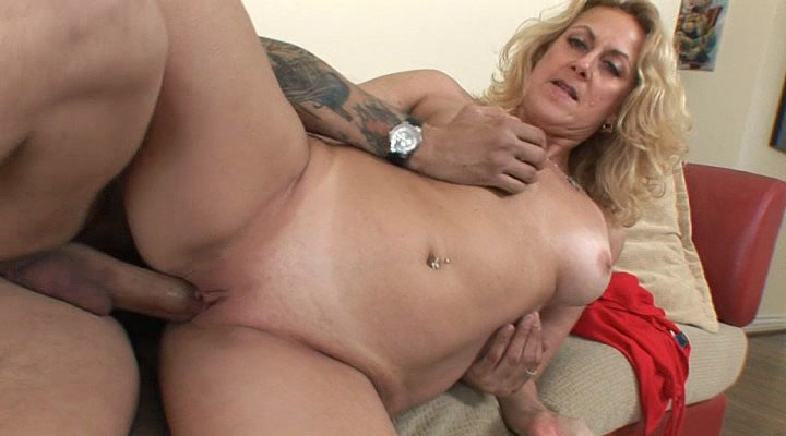 older mum Squirters 09