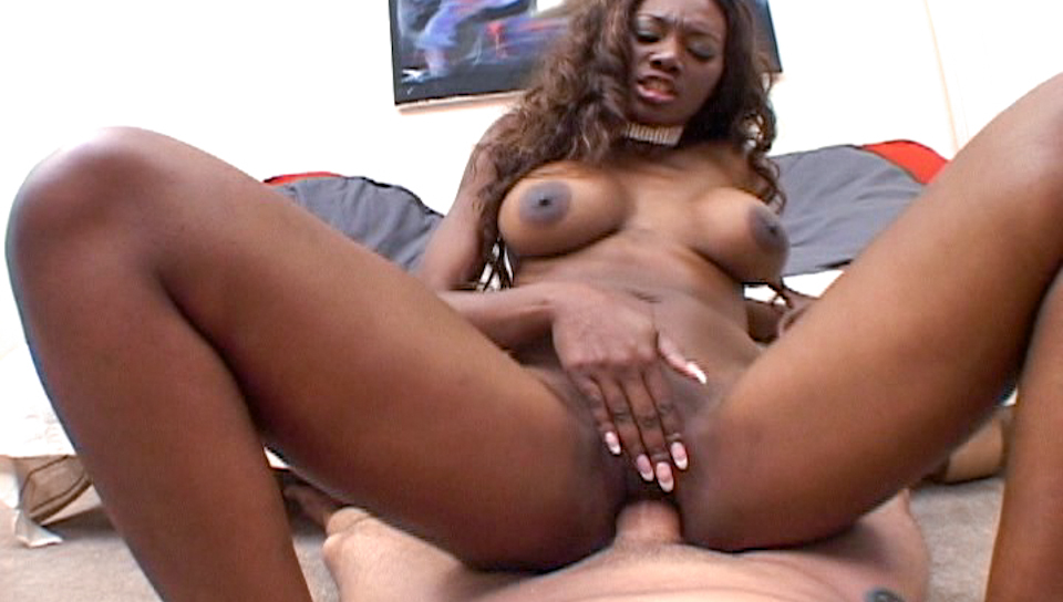 Ebony using dildo to warm up for a large Caucasian cock !