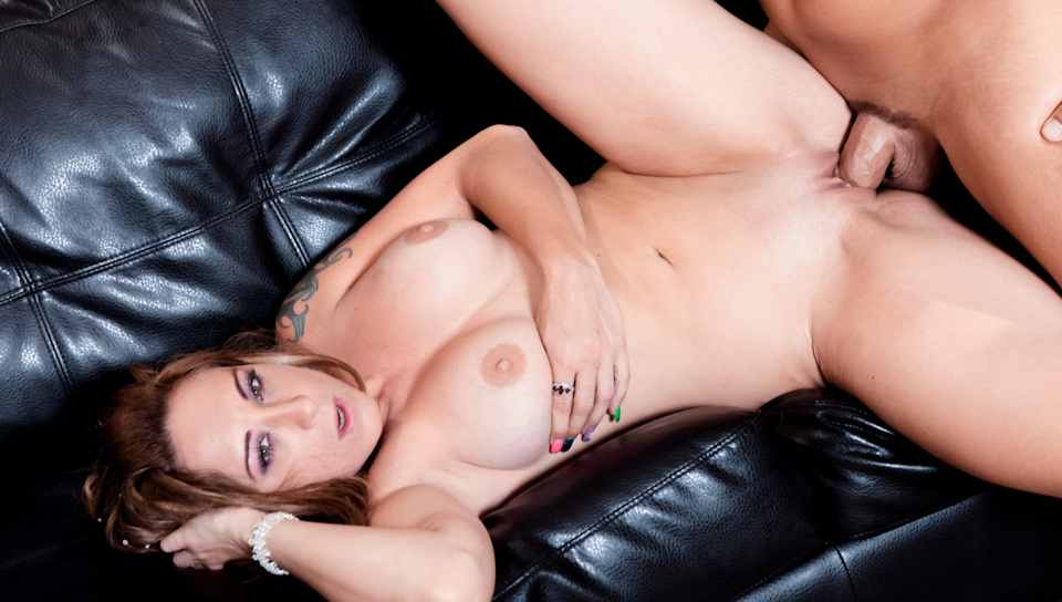 My Friend's Naughty Mom - Serena Marcus