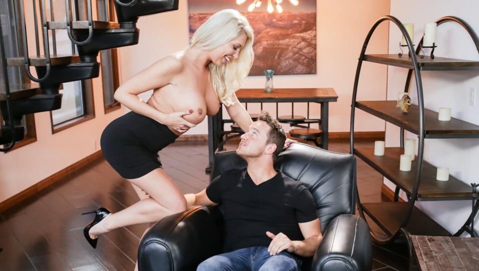 Mommy Rebound - Lexi Lowe & Van Wylde