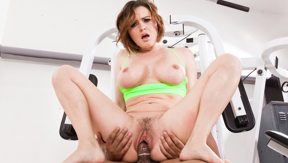 Krissy Lynn is a bossy bitch who gets pounded in the gym