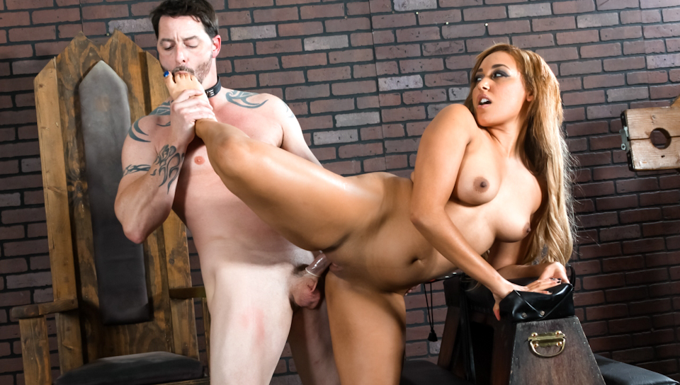Mistress Tinslee Reagan dominates Jack Vegas & rides his rod