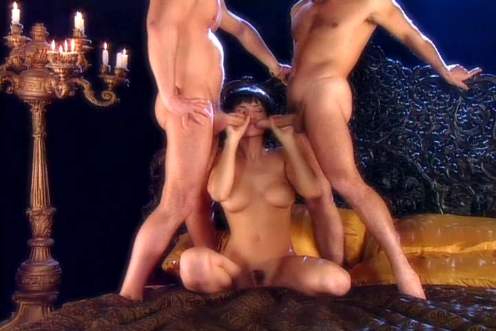 Awesome threesome 2 dudes fucking that raven haired chick