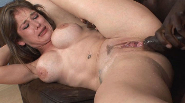 Squirtalicious squirting pussy video