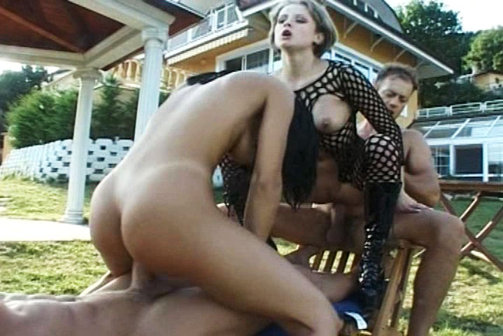 Rocco Siffredi & a buddy ass fucks 2 horny hot gals outdoors