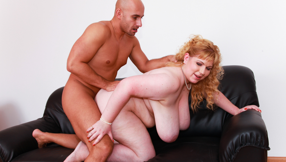 Boat sized juggs blonde BBW milf directly from Prague!