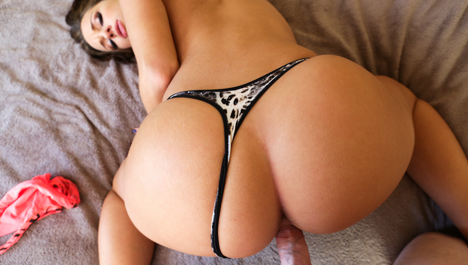 Jada Stevens gets nailed as she tries panties on a POV scene