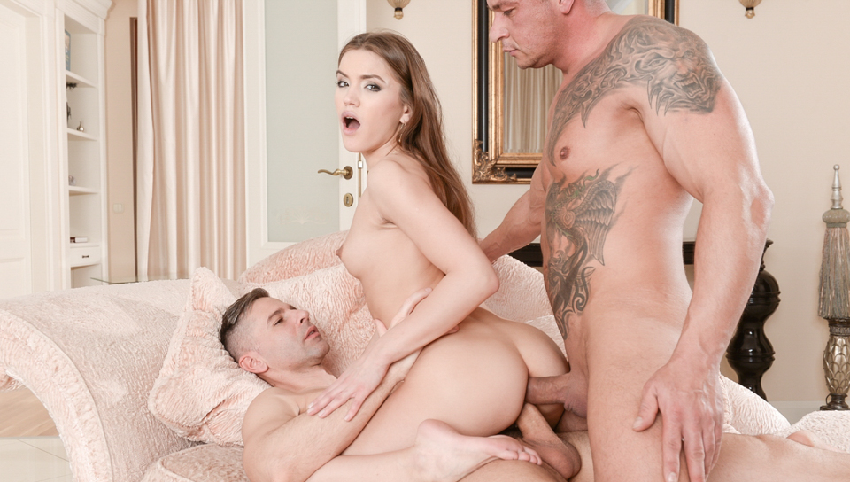 Horny Evelina Darling gets her DP fantasy fulfilled in 3some