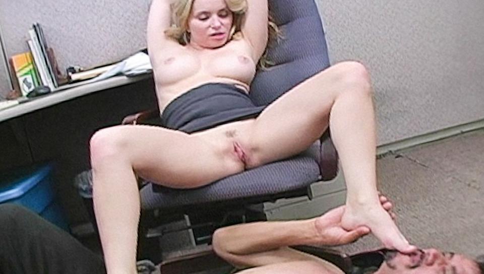Office slut dominates the janitor and gives him a handjob