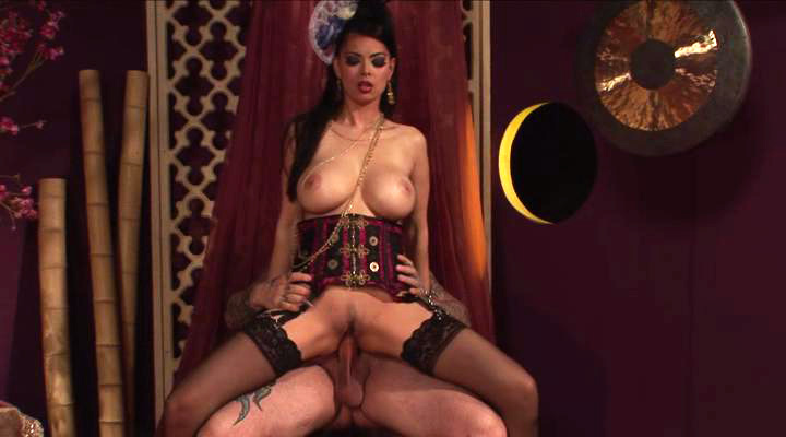 Tera Patrick loves getting her ass gapped by one hard dick
