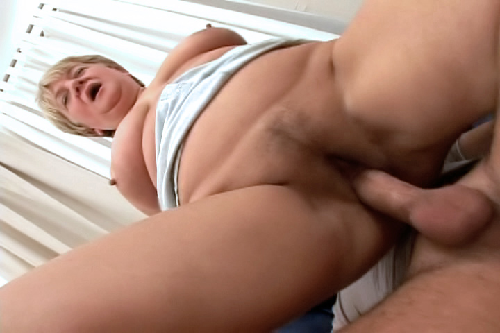 Fat GILF helps out a young guy, paying him for a good fuck!