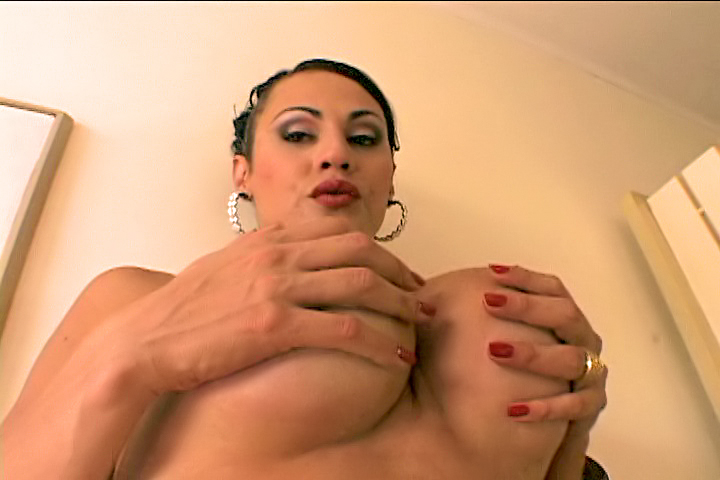 She Plays With Her Cock tranny/shemale video