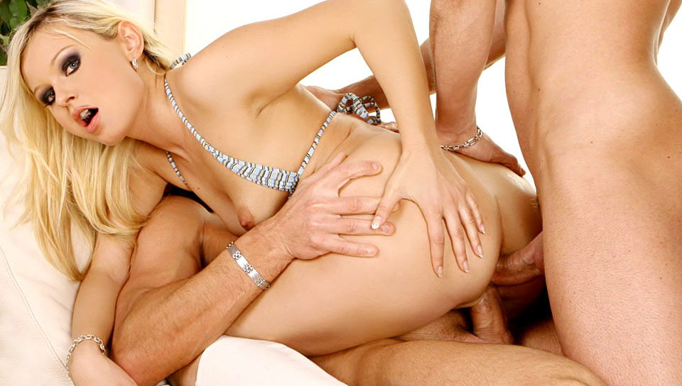 Pretty blonde Kathy Sweet doing a 3some & enjoying some rough assfucking