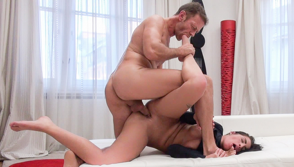 Rocco Siffredi & Chad Rockwell & Loren B - Nasty Four-Way Porn Audition