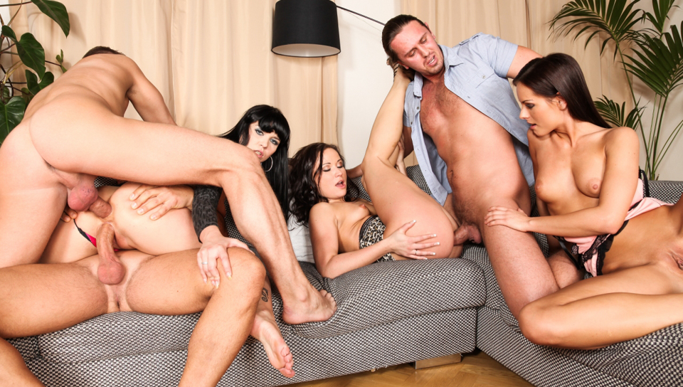 Steve Q & Kari & Tarzan - 5 Incredible Orgies