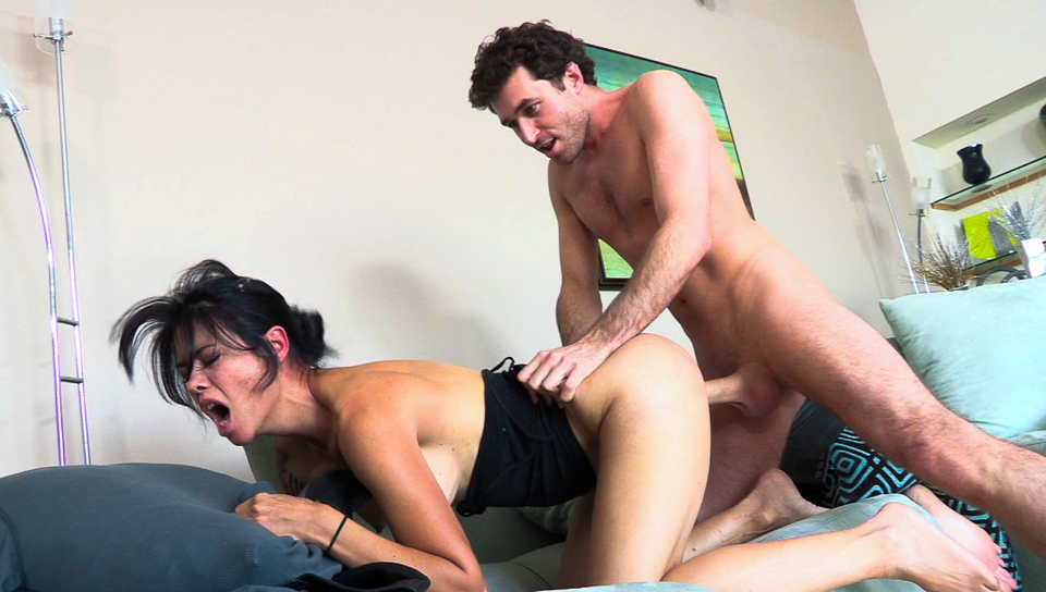 Dana Vespoli gives a visit to James and suddenly get fucked!