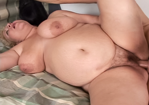 Alex's pussy can't hold it any longer and squirts all over!